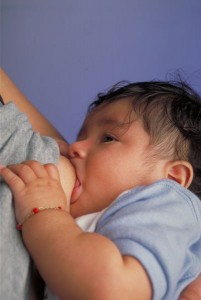 Breastfeeding_infant