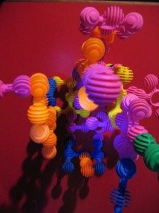 "<div xmlns:cc=""http://creativecommons.org/ns#"" about=""http://www.flickr.com/photos/kikisdad/164583912/""><a rel=""cc:attributionURL"" href="